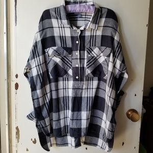 Black and White Long Sleeve Button Down Collar Top